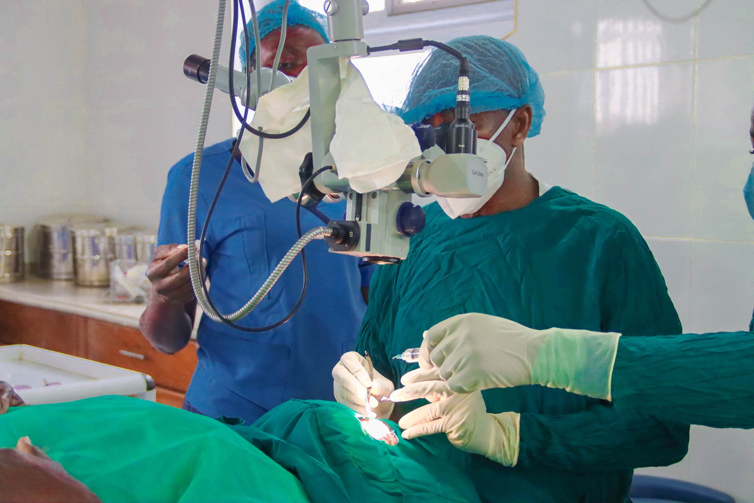 Dr. Thomas Baah preps for surgery